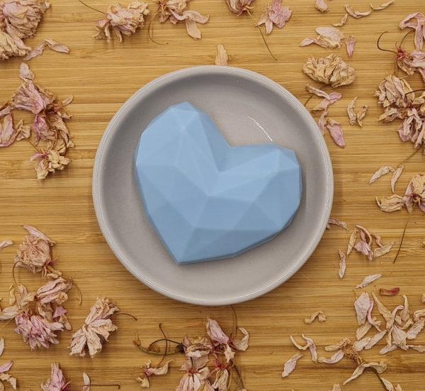Savon saponifié à froid cœur bleu Les Bulles de Paris