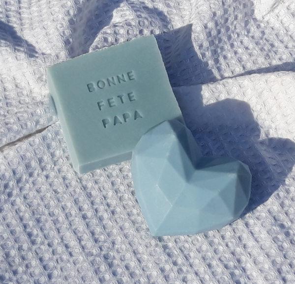 Savon cœur bleu et savon personnalisé bleu